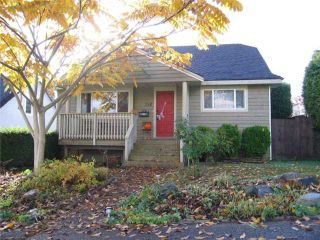 Photo 1: 334 SIMPSON Street in New Westminster: Sapperton House for sale : MLS®# V860048