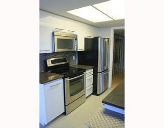 """Photo 2: 2803 867 HAMILTON Street in Vancouver: Downtown VW Condo for sale in """"JARDINE'S LOOKOUT"""" (Vancouver West)  : MLS®# V782664"""