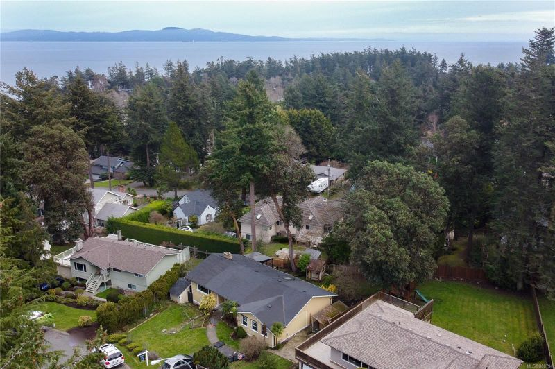 FEATURED LISTING: 4559 Seawood Terr