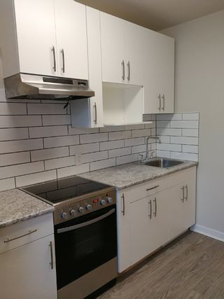 Photo 3: 16 79 Smith Street in Winnipeg: Downtown Apartment for sale (9A)