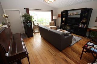Photo 4: 1134 P Avenue South in Saskatoon: Holiday Park Residential for sale : MLS®# SK866275