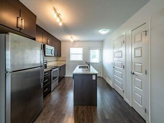 Photo 6: 544 Mckenzie Towne Close SE in Calgary: McKenzie Towne Row/Townhouse for sale : MLS®# A1128660