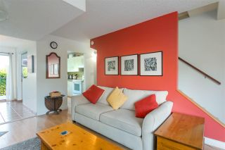 Photo 2: 163 W 20TH Street in North Vancouver: Central Lonsdale Townhouse for sale : MLS®# R2485708