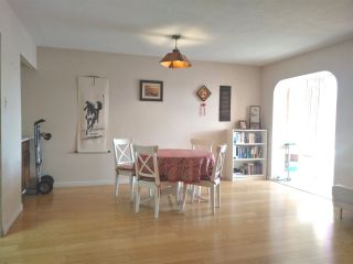"Photo 3: 404 2140 BRIAR Avenue in Vancouver: Quilchena Condo for sale in ""ARBUTUS VILLAGE"" (Vancouver West)  : MLS®# R2314095"