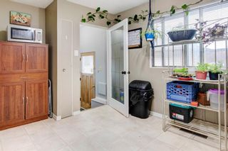 Photo 11: 1321 Rosehill Drive NW in Calgary: Rosemont Semi Detached for sale : MLS®# A1112499