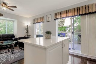 """Photo 3: 28 16388 85 Avenue in Surrey: Fleetwood Tynehead Townhouse for sale in """"Camelot"""" : MLS®# R2474467"""