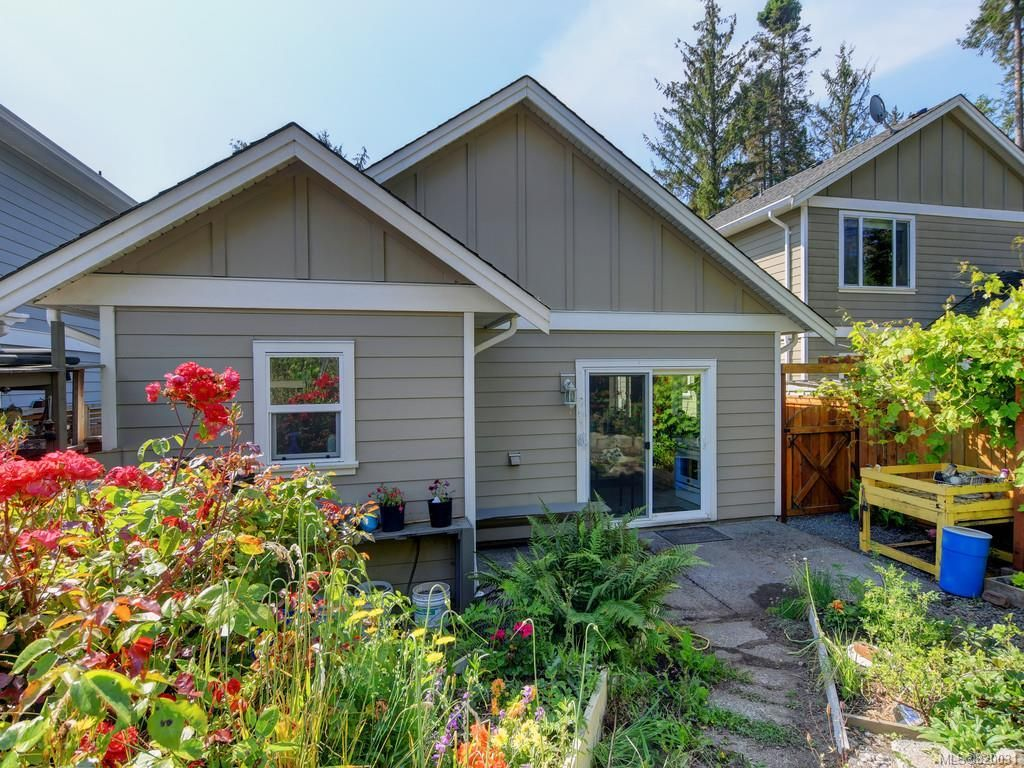 Main Photo: 7026 Wright Rd in Sooke: Sk Whiffin Spit House for sale : MLS®# 820031