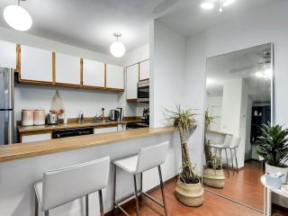 """Photo 10: 407 1330 HORNBY Street in Vancouver: Downtown VW Condo for sale in """"HORNBY COURT"""" (Vancouver West)  : MLS®# R2522576"""