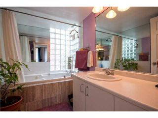 "Photo 7: # 301 408 LONSDALE AV in North Vancouver: Lower Lonsdale Condo for sale in ""The Monaco"" : MLS®# V1003928"