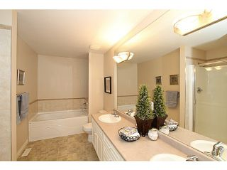 Photo 14: 15808 SOMERSET PL in Surrey: Morgan Creek House for sale (South Surrey White Rock)  : MLS®# F1440495