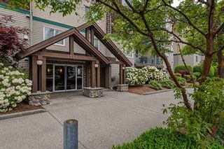 """Photo 2: 305 2350 WESTERLY Street in Abbotsford: Abbotsford West Condo for sale in """"Stonecroft Estates"""" : MLS®# R2580562"""