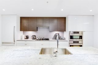 """Photo 7: 404 1678 PULLMAN PORTER Street in Vancouver: Mount Pleasant VE Condo for sale in """"NAVIO"""" (Vancouver East)  : MLS®# R2534776"""