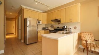 """Photo 4: 72 18221 68TH Avenue in Surrey: Cloverdale BC Townhouse for sale in """"THE MAGNOLIA"""" (Cloverdale)  : MLS®# R2619606"""