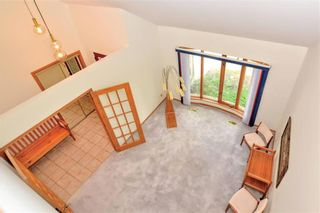 Photo 9: 660 Charleswood Road in Winnipeg: Charleswood Residential for sale (1G)  : MLS®# 202120885