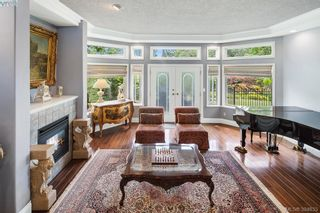 Photo 12: 986 Perez Dr in VICTORIA: SE Broadmead House for sale (Saanich East)  : MLS®# 791148