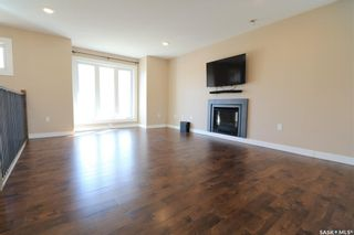 Photo 2: 112 15th Street in Battleford: Residential for sale : MLS®# SK851920