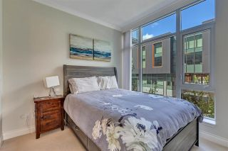 """Photo 30: 311 175 VICTORY SHIP Way in North Vancouver: Lower Lonsdale Condo for sale in """"CASCADE AT THE PIER"""" : MLS®# R2575296"""