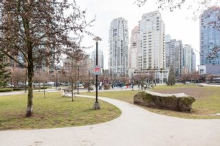 """Photo 32: 2404 1155 SEYMOUR Street in Vancouver: Downtown VW Condo for sale in """"BRAVA TOWERS"""" (Vancouver West)  : MLS®# R2618901"""