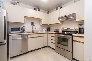 Photo 13: 40 2147 Sooke Rd in VICTORIA: Co Wishart North Row/Townhouse for sale (Colwood)  : MLS®# 827827