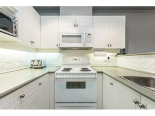 """Photo 4: 17 18707 65 Avenue in Surrey: Cloverdale BC Townhouse for sale in """"Legends"""" (Cloverdale)  : MLS®# R2616844"""
