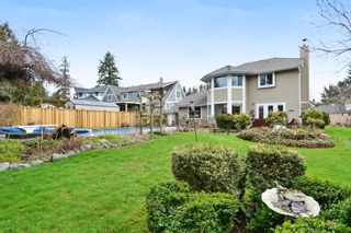 """Photo 20: 5445 185 Street in Surrey: Cloverdale BC House for sale in """"HUNTER PARK"""" (Cloverdale)  : MLS®# R2243893"""