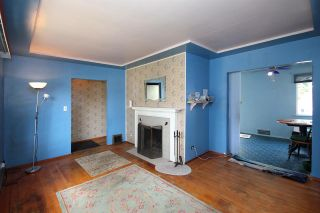 Photo 2: 8142 15TH Avenue in Burnaby: East Burnaby House for sale (Burnaby East)  : MLS®# R2287707