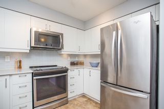 """Photo 6: 407 3480 MAIN Street in Vancouver: Main Condo for sale in """"The Newport"""" (Vancouver East)  : MLS®# R2485056"""