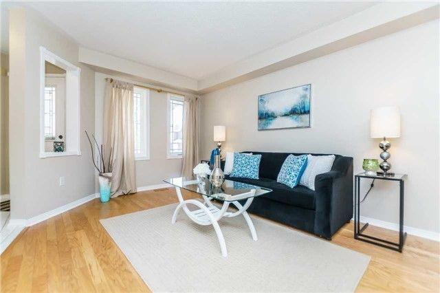 Photo 6: Photos: 40 Wells Crescent in Whitby: Brooklin House (2-Storey) for sale : MLS®# E4187338