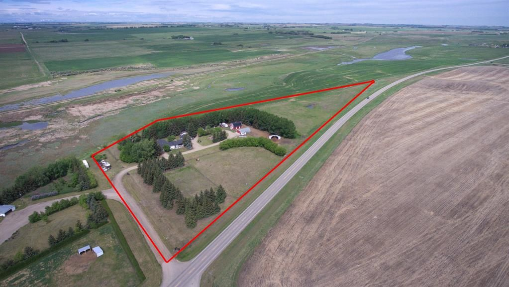 Main Photo: 280001 DICKSON STEVENSON Trail in Rural Rocky View County: Rural Rocky View MD Detached for sale : MLS®# A1064718