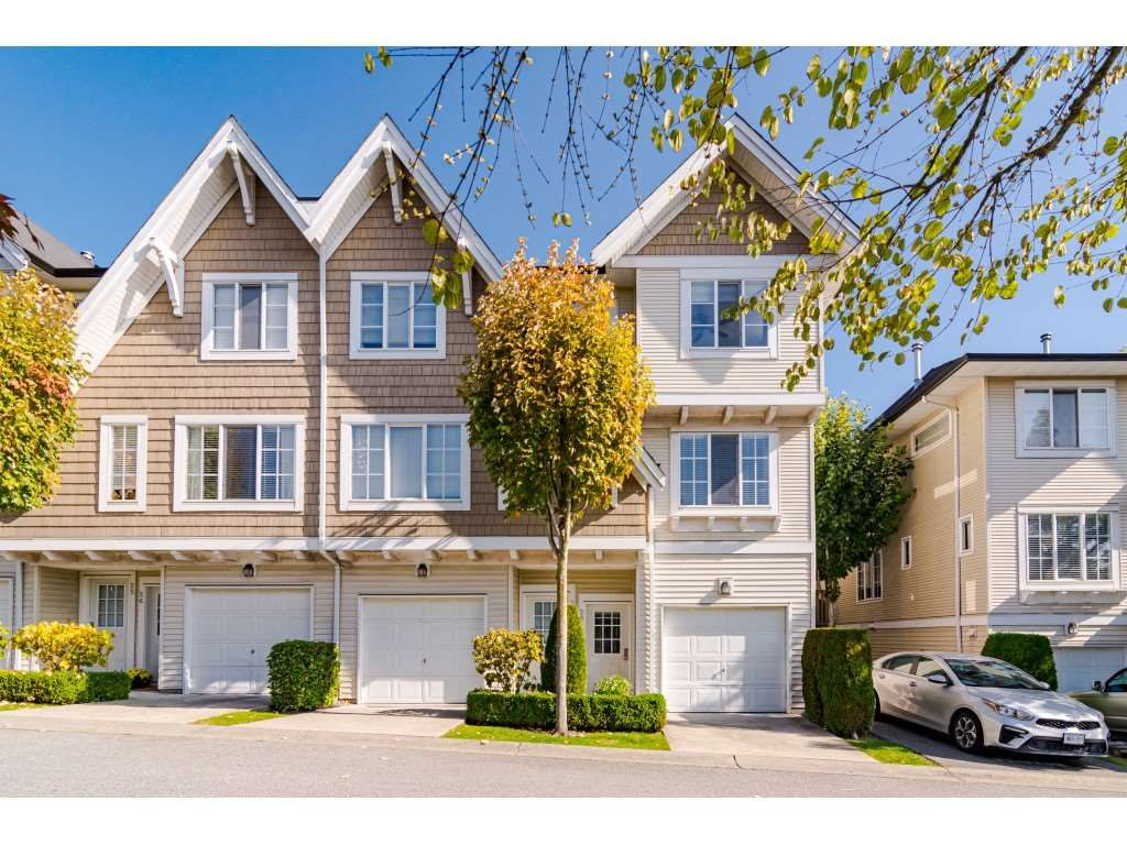 "Main Photo: 28 20560 66 Avenue in Langley: Willoughby Heights Townhouse for sale in ""Amberleigh 2"" : MLS®# R2506602"