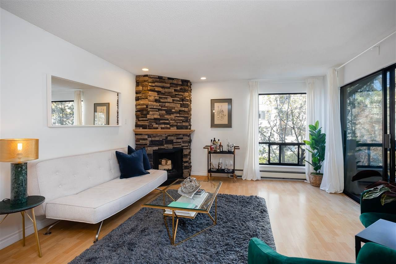 """Main Photo: 310 1500 PENDRELL Street in Vancouver: West End VW Condo for sale in """"Pendrell Mews"""" (Vancouver West)  : MLS®# R2565432"""
