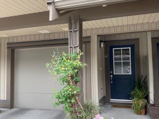 """Photo 2: 47 20326 68 Avenue in Langley: Willoughby Heights Townhouse for sale in """"SUNPOINTE"""" : MLS®# R2610836"""
