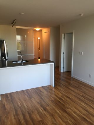 Photo 3: 289 E 6th Avenue in Vancouver: Mount Pleasant VE Condo for rent (Vancouver East)