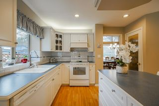 Photo 13: 20652 89A AVE Avenue in Langley: Walnut Grove House for sale : MLS®# R2439926