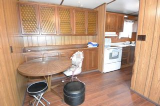 """Photo 4: 21 95 LAIDLAW Road in Smithers: Smithers - Rural Manufactured Home for sale in """"MOUNTAIN VIEW MOBILE HOME PARK"""" (Smithers And Area (Zone 54))  : MLS®# R2256996"""