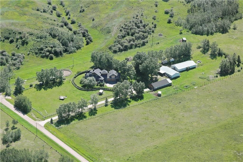 Main Photo: 261013 Rge Rd 24 in Rural Rocky View County: Rural Rocky View MD Detached for sale : MLS®# A1107159