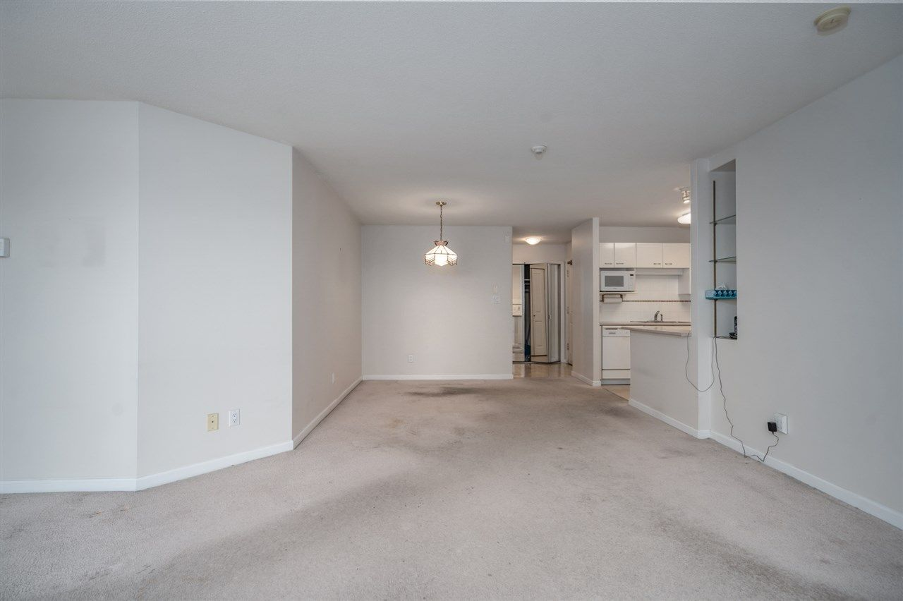 "Photo 5: Photos: 1903 4425 HALIFAX Street in Burnaby: Brentwood Park Condo for sale in ""Polaris"" (Burnaby North)  : MLS®# R2533895"
