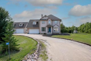 Photo 2: 43 Parish Bay in St Andrews: R13 Residential for sale : MLS®# 202121636