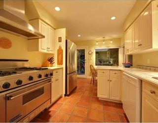 Photo 6: 1350 GREENBRIAR Way in North Vancouver: Home for sale : MLS®# V798599