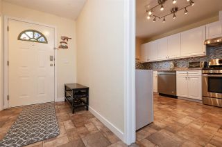 """Photo 2: 107 1140 CASTLE Crescent in Port Coquitlam: Citadel PQ Townhouse for sale in """"THE UPLANDS"""" : MLS®# R2430147"""