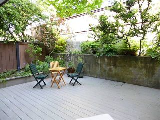 Photo 2: 105 1484 CHARLES Street in Vancouver: Condo for sale (Vancouver East)  : MLS®# V1062556