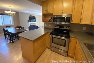 Photo 9: University Ave in Edmonton: House Duplex for rent