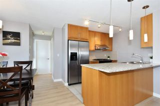 """Photo 8: 802 7088 SALISBURY Avenue in Burnaby: Highgate Condo for sale in """"The West By BOSA"""" (Burnaby South)  : MLS®# R2265226"""