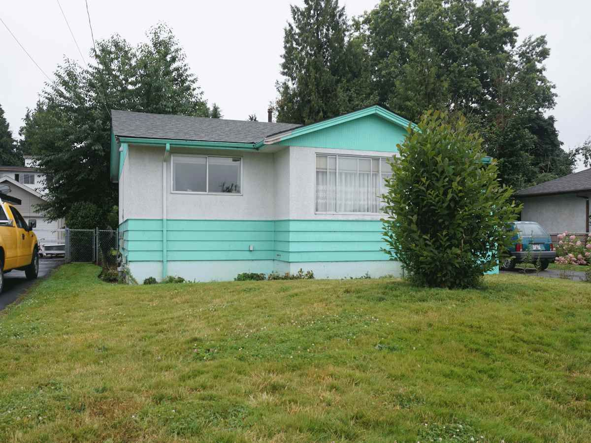 Photo 13: Photos: 33268 ROBERTSON Avenue in Abbotsford: Central Abbotsford House for sale : MLS®# R2088784