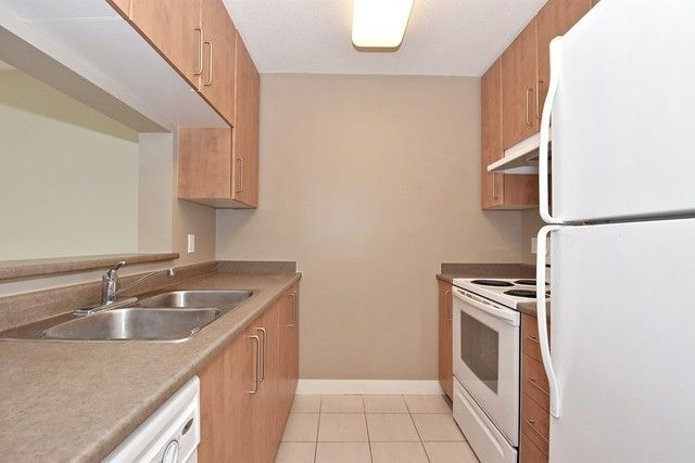 Photo 8: Photos: 1803 5380 OBEN Street in Vancouver: Collingwood VE Condo for sale (Vancouver East)  : MLS®# R2255491