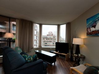 """Photo 3: 615 950 DRAKE Street in Vancouver: Downtown VW Condo for sale in """"Anchor Point 11"""" (Vancouver West)  : MLS®# V882505"""