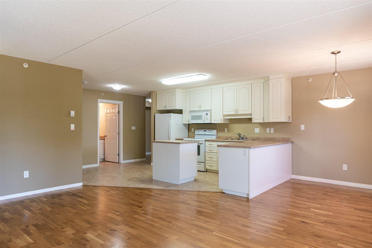 Photo 7: Photos: 208 4707 51 Avenue: Wetaskiwin Condo for sale : MLS®# E4232125