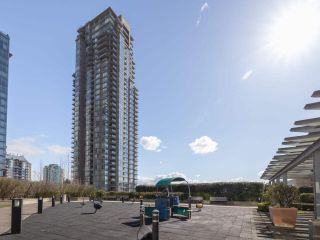 """Photo 23: 2301 2968 GLEN Drive in Coquitlam: North Coquitlam Condo for sale in """"Grand central II"""" : MLS®# R2552070"""