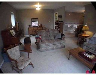"Photo 3: 7442 142ND Street in Surrey: East Newton House for sale in ""Nichol Creek"" : MLS®# F2720770"
