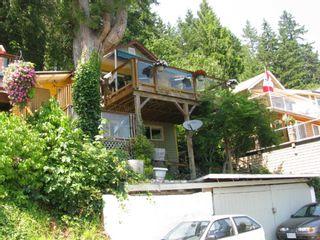 "Photo 3: 312 MUNROE Avenue: Cultus Lake House for sale in ""Cultus Lake Park"" : MLS®# R2570268"
